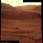Sol 4087 Marathon Valley v pozdním odpoledni. NASA/JPL/Cornel/James Canvin