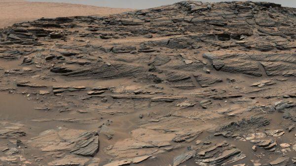 Sol 1087 zkamenělé duny, NASA/JPL-Caltech/MSSS