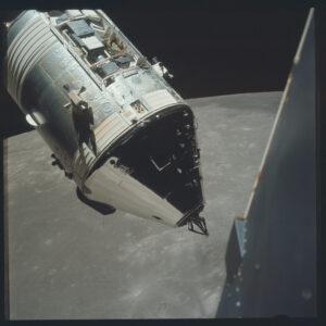 Apollo 17 na oběžné dráze kolem Měsíce. NASA/JSC