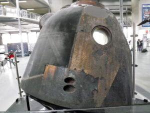 Návratová kabina lodi Sojuz vystavená v muzeu ve Speyeru