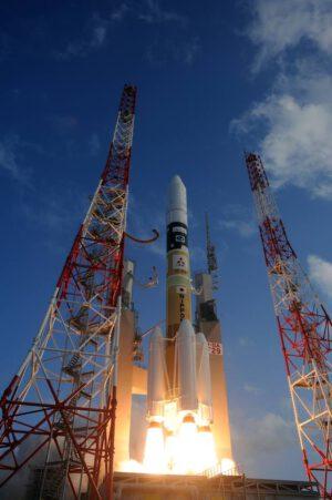 Raketa H-2A startuje s družicí Telstar 12V