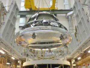 Orion pro misi EFT-1 během příprav na start