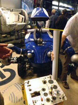 Robot Centaur, kterého ovládal Andreas Mogensen z paluby ISS