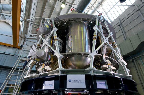 Servisní modul bude mít na výšku 4 metry