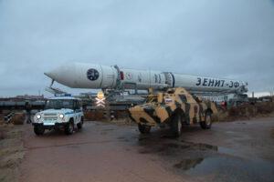 Transport Zenitu na startovní rampu (možná naposledy)
