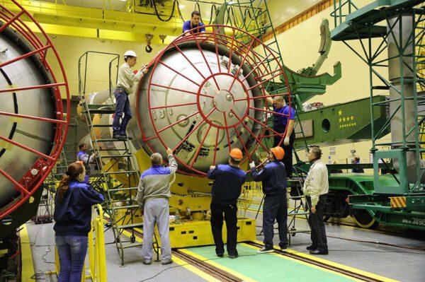 Příprava horního stupně rakety Sojuz