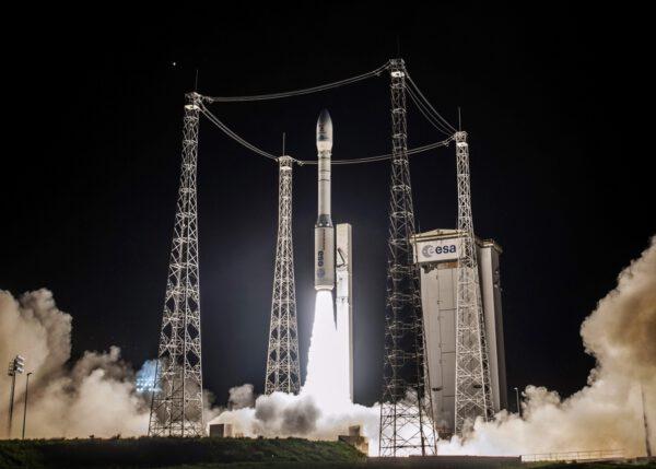 Lisa Pathfinder startuje na raketě Vega