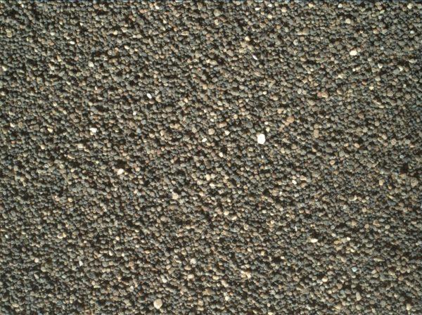 Sol 1184 písek duny z MAHLI. Foto: NASA/JPL-Caltech/MSSS