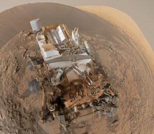 Sol 1197 polární panorama vozítka Curiosity z kamery MastCam34. Foto: NASA/JPLMSSS/James Sorenson