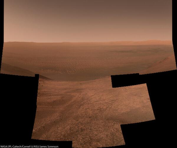 Sol 4041 Marathon Valley a dno kráteru Endeavour. Foto: NASA/JPL-Caltech/MSSS