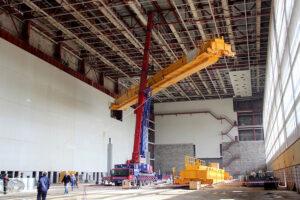 Instalace hlavních mostových jeřábů montážní haly