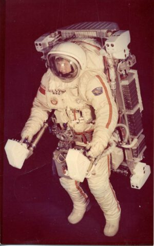 "Orlan-DMA a ""raketové křeslo"" UPMK"