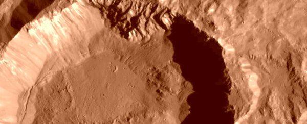 """Kráter Kupalo v """"marsovské"""" verzi"""