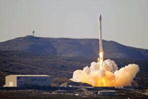 Start Falconu 9 v1.1 s družicí Cassiope