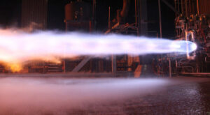 Testy motoru BE-4. Foto: Blue Origin