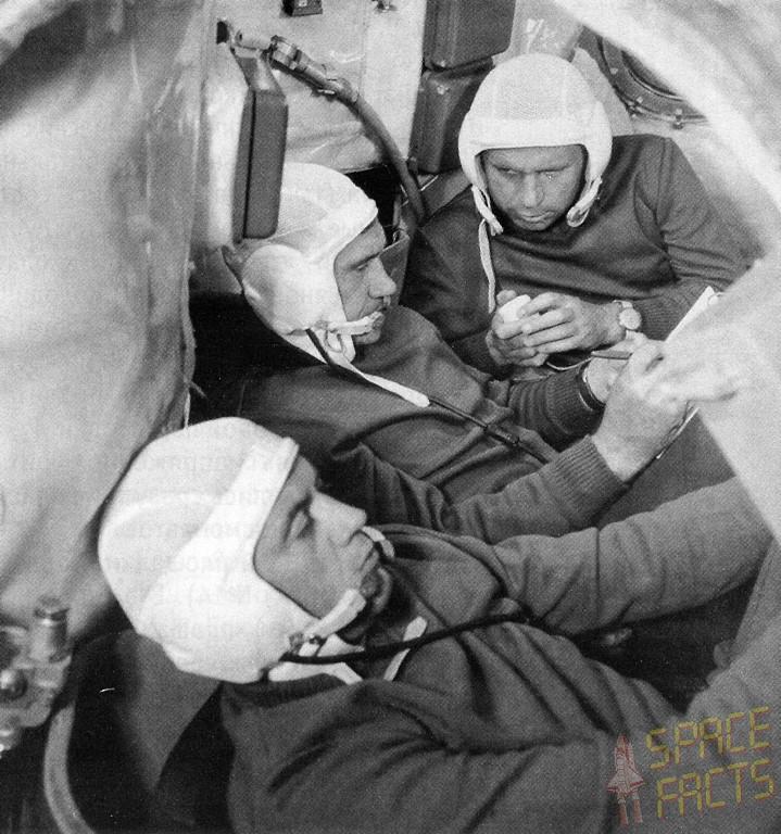 Stísněný interiér Sojuzu