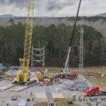 Stavba standu k testování kyslíkové nádrže pro SLS