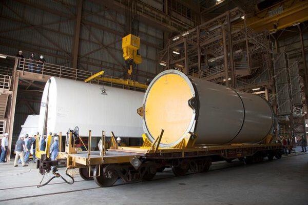 Testovací exemplář segmentu na tuhá paliva pro raketu SLS