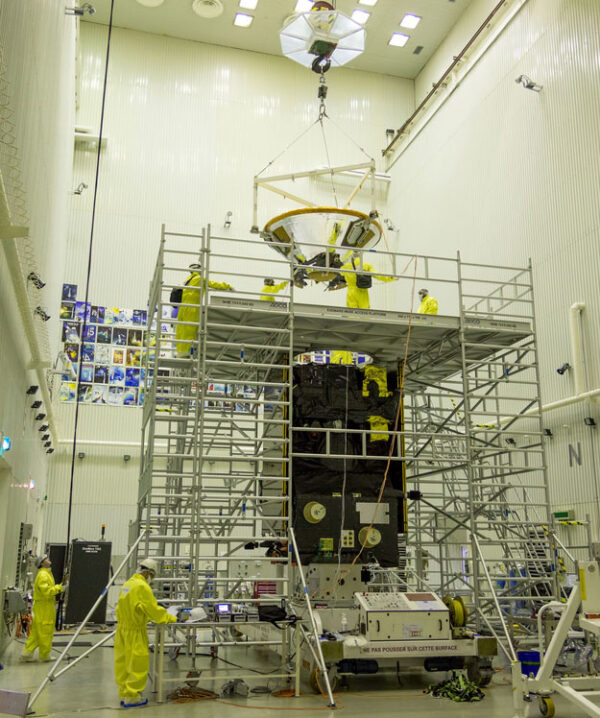 Připojování landeru Schiaparelli k družici TGO