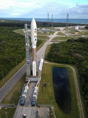 Vývoz rakety Atlas V s vozítkem Curiosity