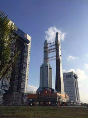 Vývoz rakety Čchang-čeng 5