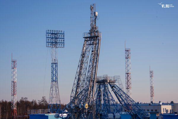 Obslužná ramena pro raketu Sojuz
