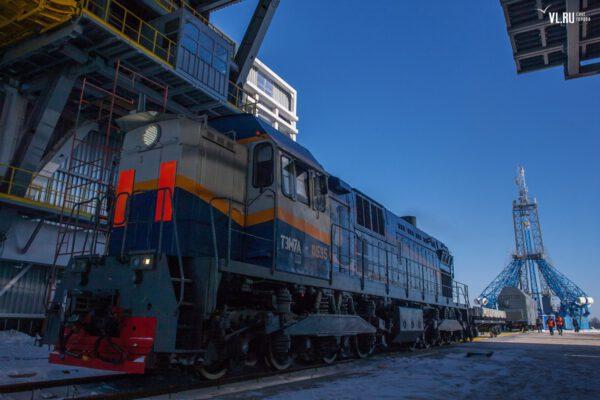 Vlak, který bude na kosmodromu přepravovat náklady
