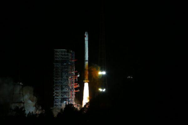 CZ-3B se satelitem Beidou