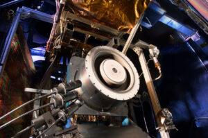 Hallův motor o výkonu 13 kW vyvinutý v Glenn Research Center má 10x nižší spotřebu paliva než standardní chemické motory