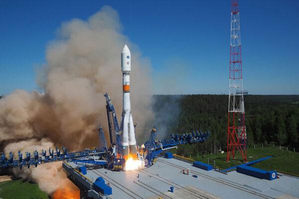 Start rakety Sojuz s družicí Glonass-M53