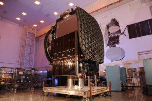 Vynášený satelit Thaicom 8.