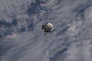 Progress MS během příletu k ISS