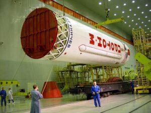 Druhý stupeň rakety Proton-M