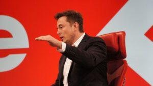 Elon Musk mluví o plánech letu lidí k Marsu v roce 2024