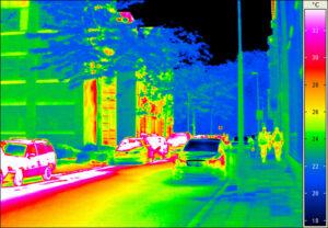 Okem neviditelné infračervené záření vydávají i předměty o pokojové teplotě