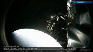 Uvolnění družice ABS 2A od horního stupně - Eutelsat 117 West B se uvolnil podle plánu o pět minut dříve