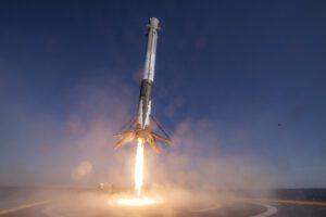 obr.4 Pohled který už pomalu řadíme ke standardu kosmických letů.