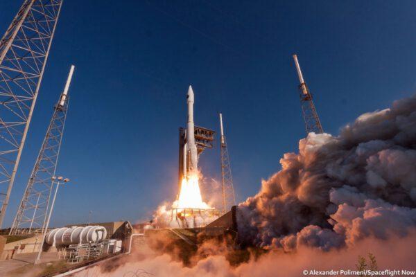 Atlas 5 vynáší NROL-61