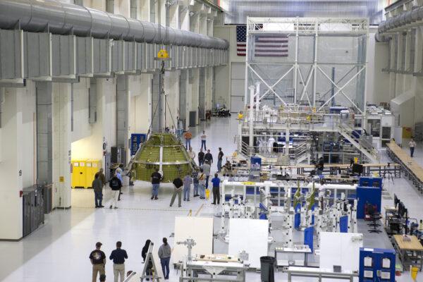 Letový exemplář kabiny lodi Orion pro misi EM-1