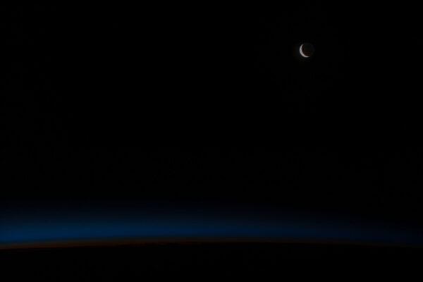 Krásná náladová fotografie na dobrou noc od Tima Kopry