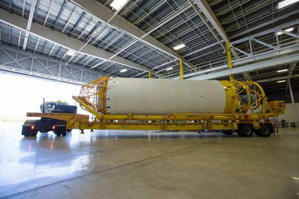 Parkování stupně Centaur v Atlas Spaceflight Operations Center