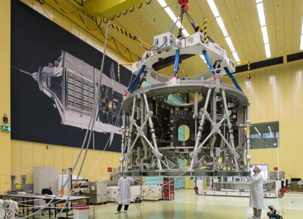 Servisní modul pro Orion