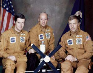 Zachránci Skylabu (zleva: Kerwin, Conrad, Weitz)