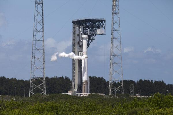 Atlas 5 při zkoušce před startem