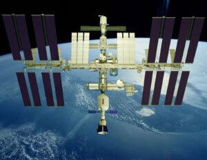Stanice XBASE od Bigelow Aerospace připojená k ISS
