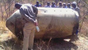 Veľká nádrž z americkej rakety Delta-2 nájdená v roku 2013 v Zimbabwe