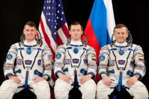 Tato trojice si ještě na svůj let bude muset počkat (zleva: Kimbrough, Ryžikov, Borisenko)