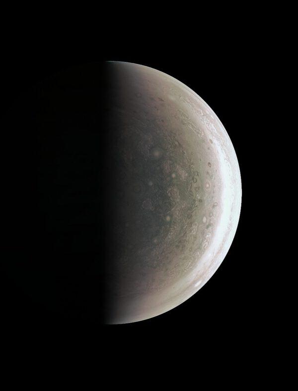 Jižní polární oblast planety Jupiter