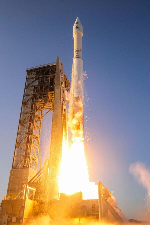 Atlas V se sondou OSIRIS-REx