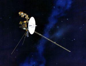 Právě gravitační manévr umožnil vyslat Voyager 2 za hranice dané heliopauzou a začít zkoumat vlastnosti mezihvězdného prostoru. Naši vyslanci tak prozkoumávají cestu budoucím mezihvězdným lodím. (Zdroj NASA).